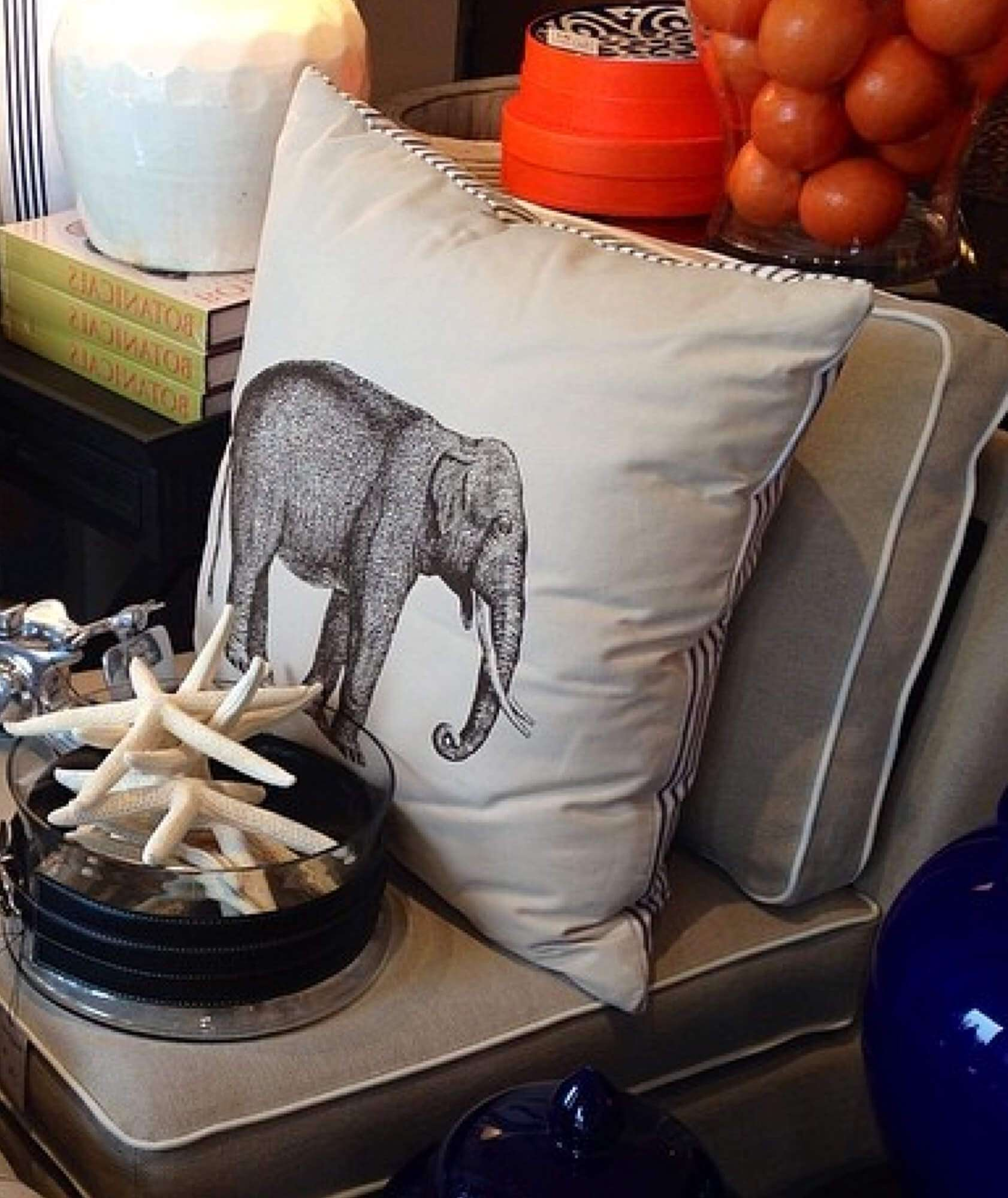 RIGHT HAND PILLOW JUMBO - STUART MEMBERY HOME COLLECTION